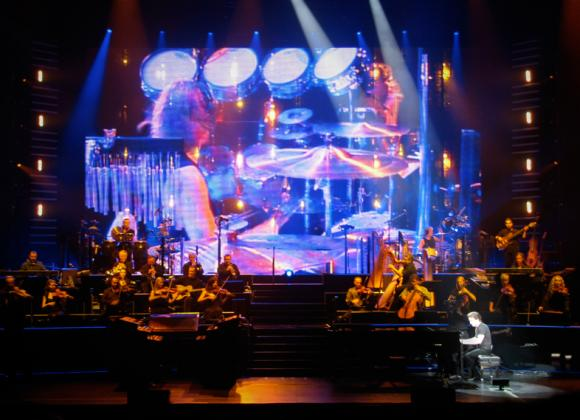 Yanni at Saeger Theatre - New Orleans
